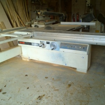 SCM SI350 Class panel saw Image 1